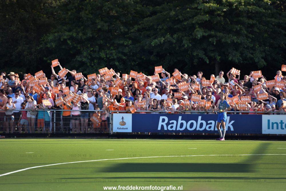 sportfotografie hockey dames Fred de Krom Fotografie en Beeldbewerking Eindhoven Veldhoven Geldrop Valkenswaard Waalre