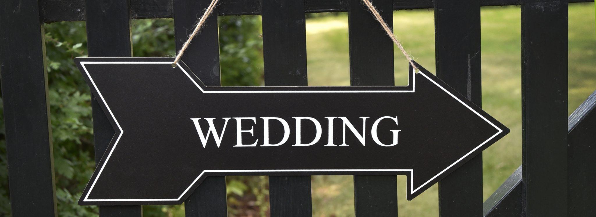 Wedding sign_pijl