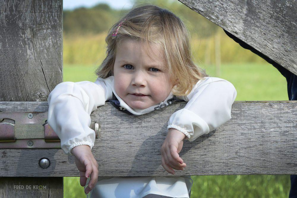 familiefotografie_fotoshoot op locatie_gezinsfotografie_kinderfotograaf_kinderfotografie