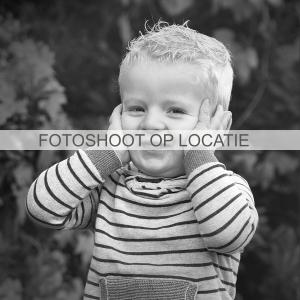 Familiefotografie familiefotograaf familiefoto zwart wit fotoreportage Fred de Krom Fotografie & Beeldbewerking geldrop waalre eindhoven veldhoven valkenswaard Heeze