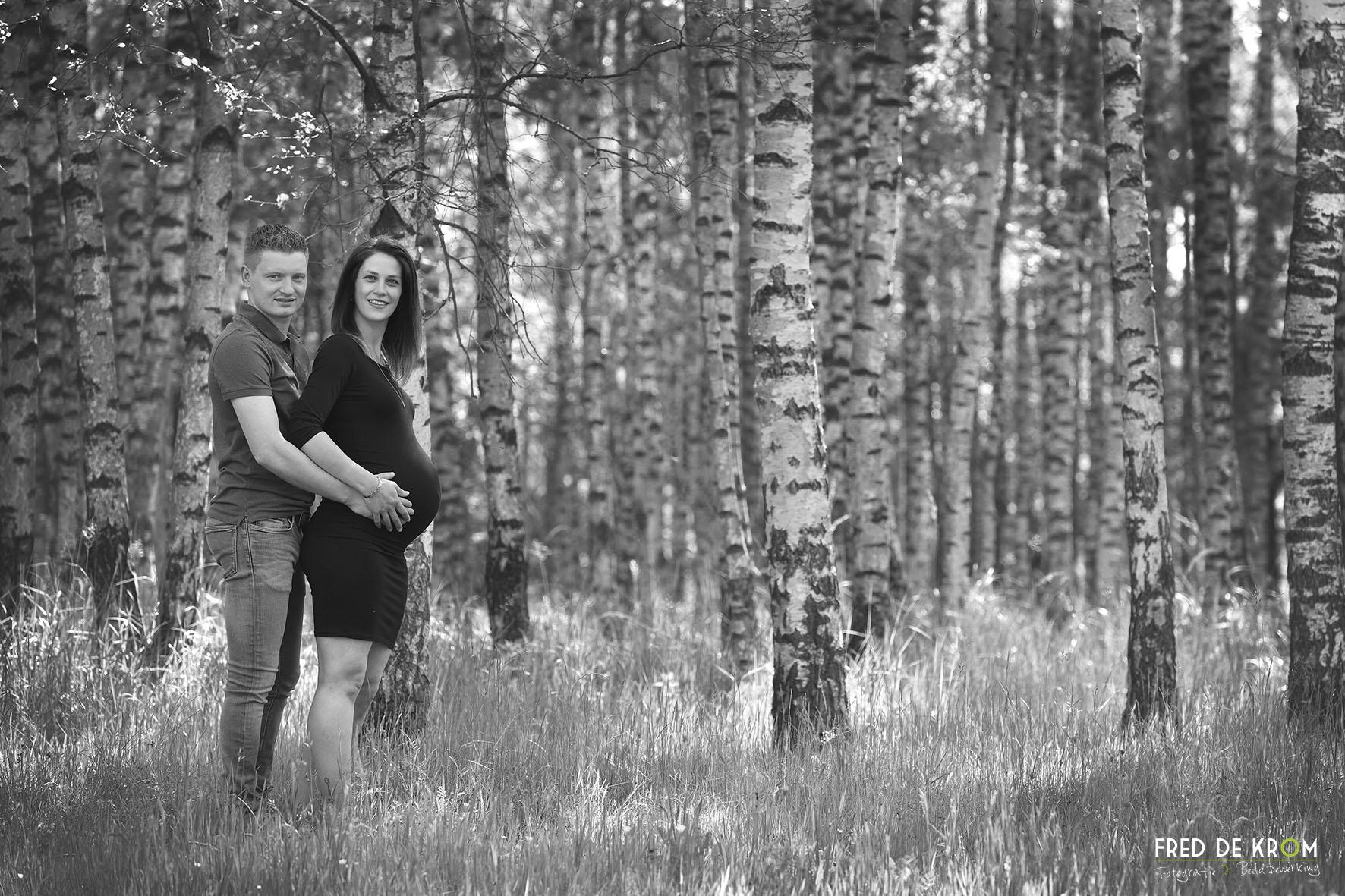 zwangerschaps-fotoshoots_blijde-verwachtings-fotoshoots_bolle-buiken-fotoreportages_4_fred-de-krom-fotografie